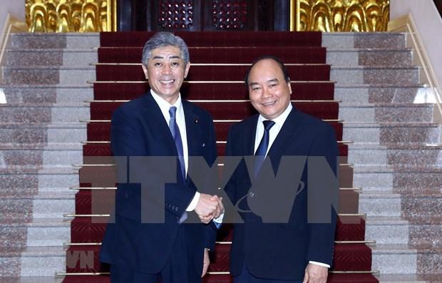 Aboga premier de Vietnam por fortalecer la cooperacion con Japon en defensa hinh anh 1