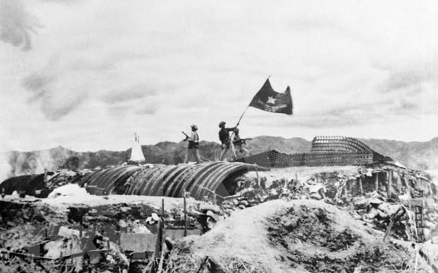 Conmemoran el 65 aniversario de la victoria de la batalla de Dien Bien Phu hinh anh 1