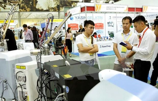 Nutrida participacion de empresas extranjeras en exhibicion de productos farmaceuticos de Vietnam 2019 hinh anh 1