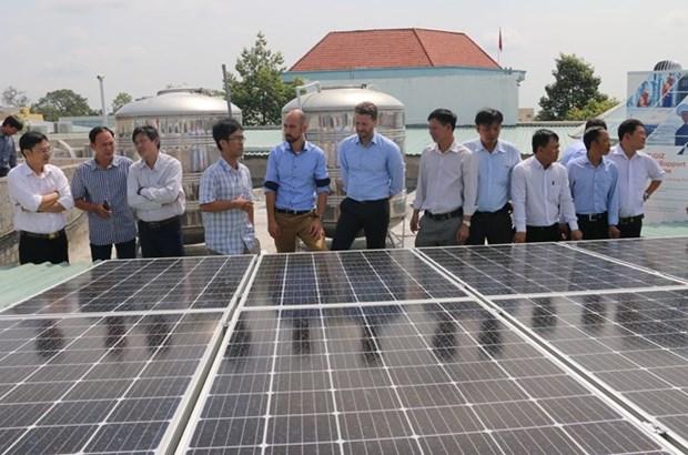 Impulsan en provincia vietnamita desarrollo de energia solar con asistencia alemana hinh anh 1