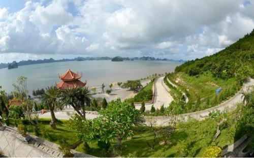Celebran en Vietnam exposicion fotografica que resaltan belleza de pagodas hinh anh 1