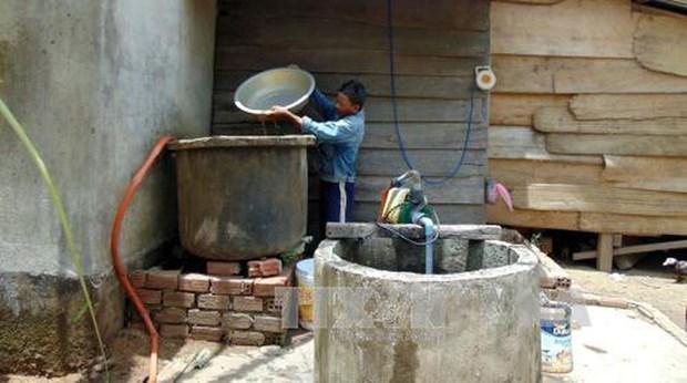 Enfrentan pobladores en areas remotas de Vietnam dificultades para acceder al agua limpia hinh anh 1