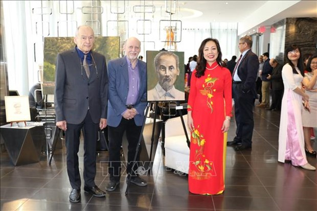Efectuan en Canada exhibicion sobre Presidente Ho Chi Minh hinh anh 1