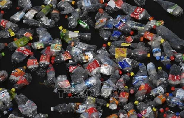 Enfrenta Vietnam desafios en la lucha contra residuos plasticos hinh anh 1