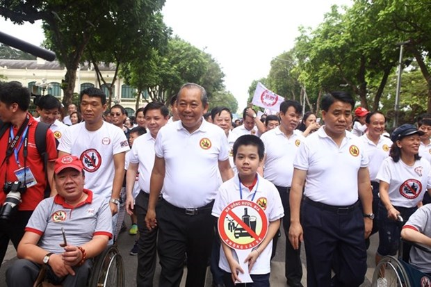 Lanzan en Hanoi programa
