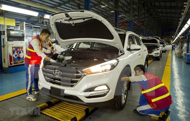 Cayeron en abril las ventas de automoviles en Vietnam hinh anh 1