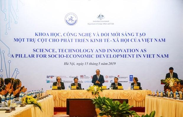 Valora Premier de Vietnam a la tecnologia como llave para evitar la trampa de ingreso medio hinh anh 1