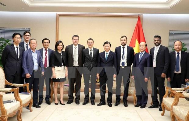 Viceprimer ministro vietnamita recibe a empresas francesas hinh anh 1