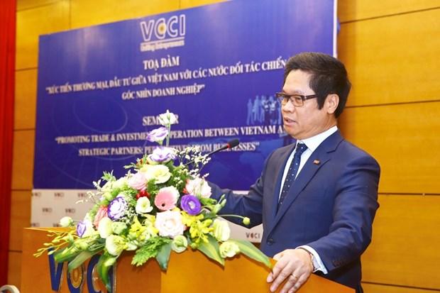 Promueve Vietnam las inversiones y el comercio con socios estrategicos hinh anh 1
