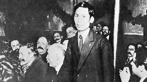 Estrenan en Vietnam documental de director frances sobre Presidente Ho Chi Minh hinh anh 1