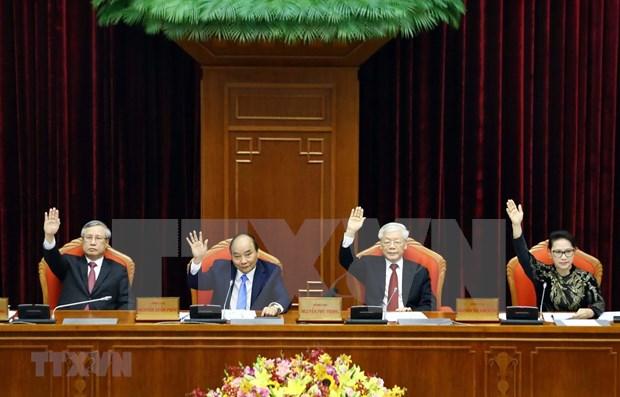 Clausuran decimo pleno del Comite Central del Partido Comunista de Vietnam hinh anh 1