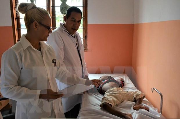 Vietnam y Cuba coordinan en ayuda a ninos desafortunados en Tanzania hinh anh 1