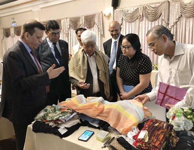 Buscan empresas textiles de la India ampliar sus oportunidades de negocios en Vietnam hinh anh 1