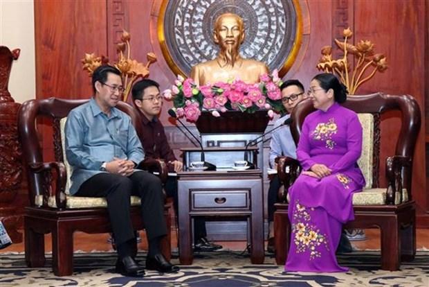 Reciben en Vietnam delegacion del Comite Central de la Union de Jovenes Revolucionarios de Laos hinh anh 1