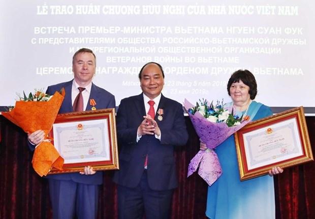 Primer ministro de Vietnam continua actividades en Rusia hinh anh 1