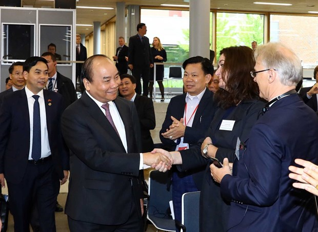 Sugiere Premier de Vietnam impulso de cooperacion con Noruega en economia maritima hinh anh 1
