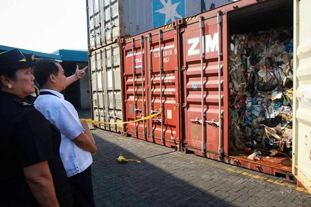Filipinas decomisa siete contenedores de desechos traslados desde Australia hinh anh 1