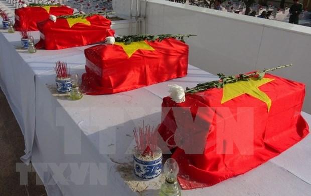 Repatrian restos de soldados vietnamitas caidos en Laos y Camboya hinh anh 1