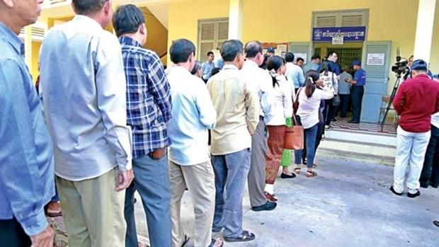 Gana en Camboya partido gobernante en elecciones de consejos locales hinh anh 1