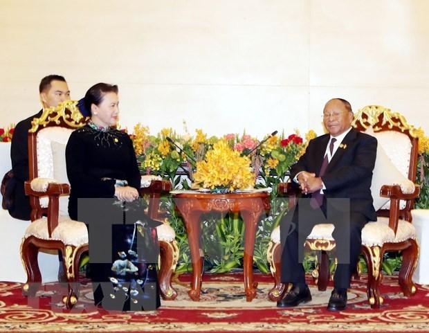 Inicia presidente de la Asamblea Nacional de Camboya visita oficial a Vietnam hinh anh 1
