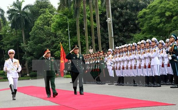 Proyectan Vietnam y China impulsar cooperacion en defensa hinh anh 1