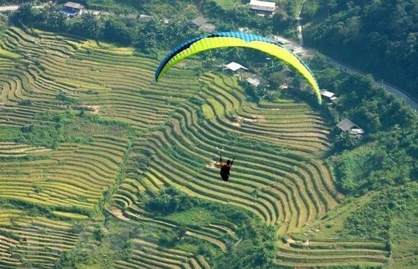 Celebran Festival de Parapente en la provincia vietnamita de Yen Bai hinh anh 1