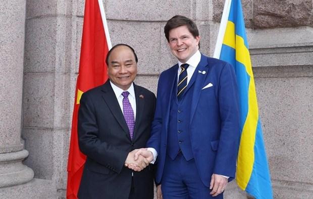 Premier vietnamita se reune con presidente del parlamento sueco hinh anh 1