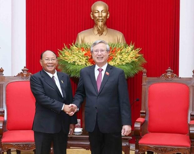 Vietnam prioriza desarrollo de amistad y cooperacion con Camboya hinh anh 1