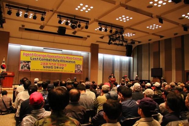 Condenan veteranos de guerra sudcoreanos el uso del Agente Naranja durante la guerra en Vietnam hinh anh 1