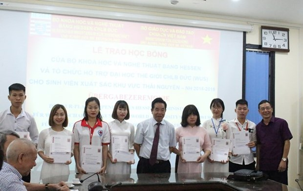 Otorga Alemania becas a estudiantes vietnamitas hinh anh 1
