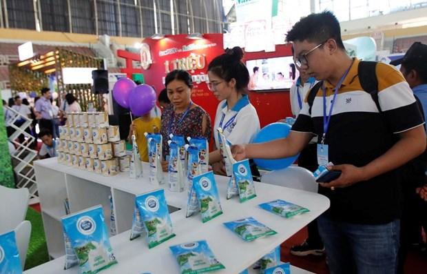 Inauguran Exposicion Internacional de Productos Lacteos de Vietnam hinh anh 1