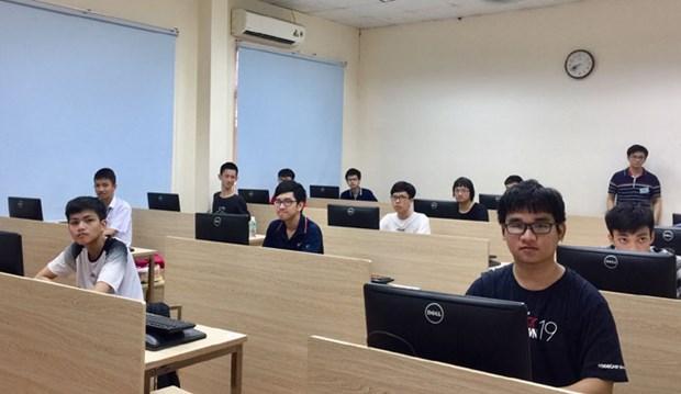Ganan siete estudiantes vietnamitas medallas de plata en Olimpiada de Informatica de Asia 2019 hinh anh 1