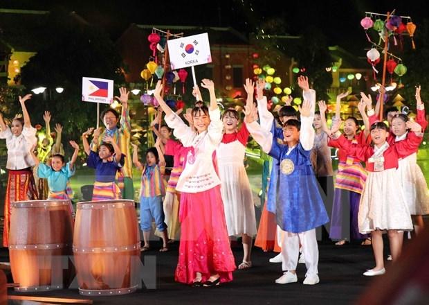 Vicepresidenta de Vietnam asiste al Festival Internacional de la Infancia 2019 hinh anh 1