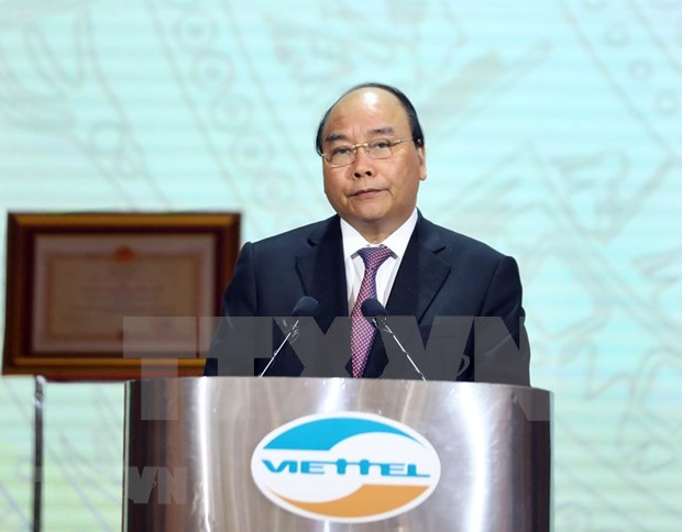Insta premier vietnamita a Viettel a esforzarse para ser grupo lider mundial en telecomunicaciones hinh anh 1
