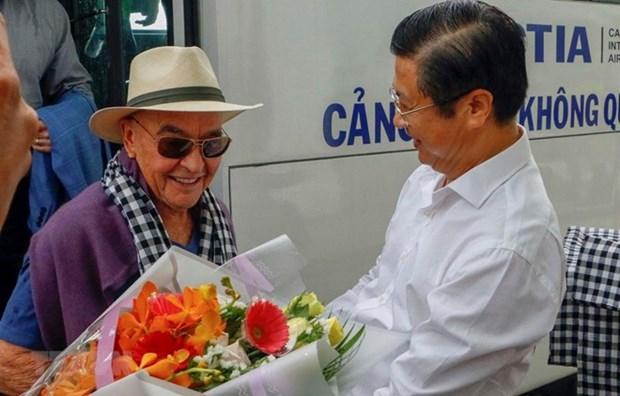 Visita ciudad vietnamita de Can Tho dueno de Tottenham hinh anh 1