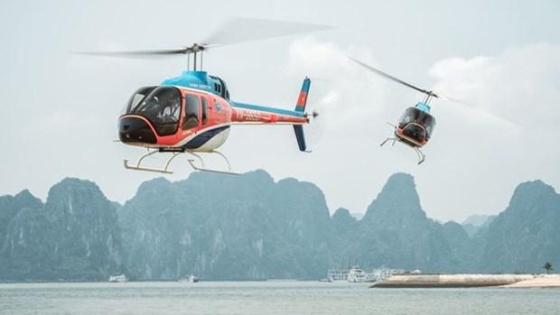 Promueve CNN vuelo escenico en helicoptero por la bahia vietnamita de Ha Long hinh anh 1