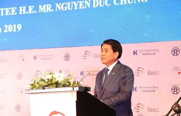 Respalda capital de Vietnam inversiones y negocios de empresas italianas y de la ASEAN hinh anh 1