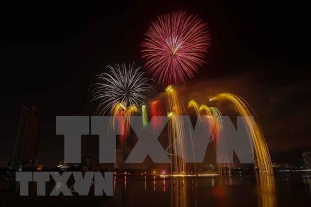 Compiten equipos brasileno y belga en Festival Internacional de Fuegos Artificiales 2019 hinh anh 1