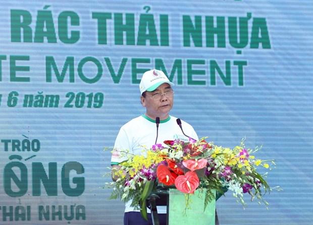 Exhorta premier de Vietnam medidas drasticas contra los plasticos hinh anh 1