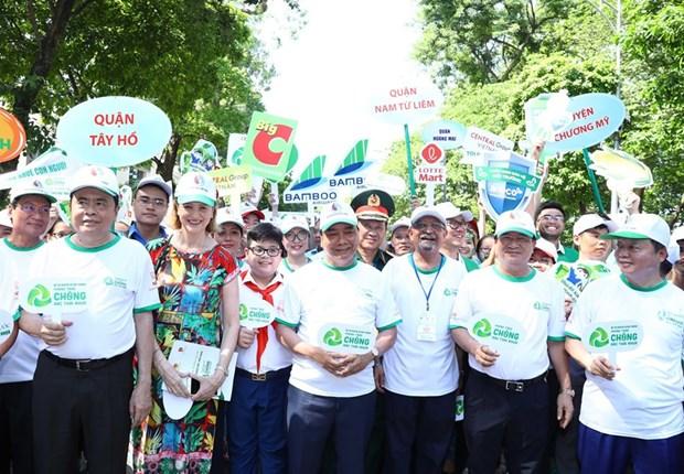 Exhorta premier de Vietnam medidas drasticas contra los plasticos hinh anh 2