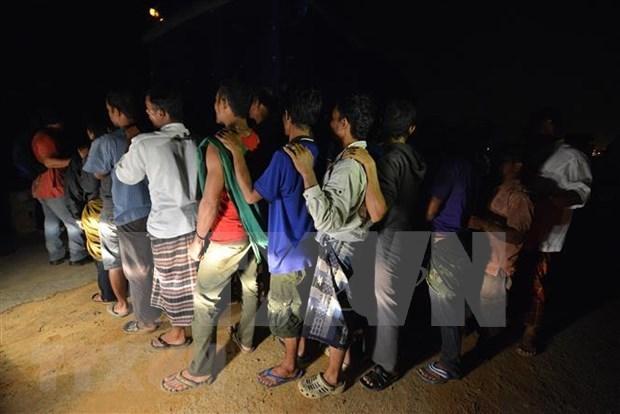 Elabora Malasia plan general contra inmigrantes ilegales hinh anh 1