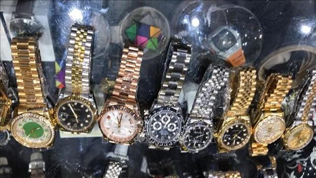 Destacan potencialidad de la venta de relojes en el mercado vietnamita hinh anh 1