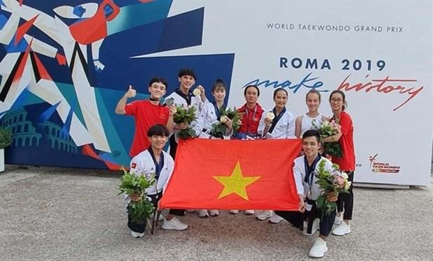Obtienen taekwondokas vietnamitas medallas en Grand Prix de Roma hinh anh 1