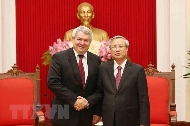 Vietnam y Republica checa robustecen relaciones partidistas hinh anh 1