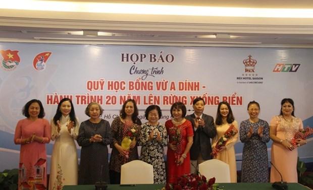 Amplian en Vietnam fondos de becas para estudiantes de minorias etnicas hinh anh 1