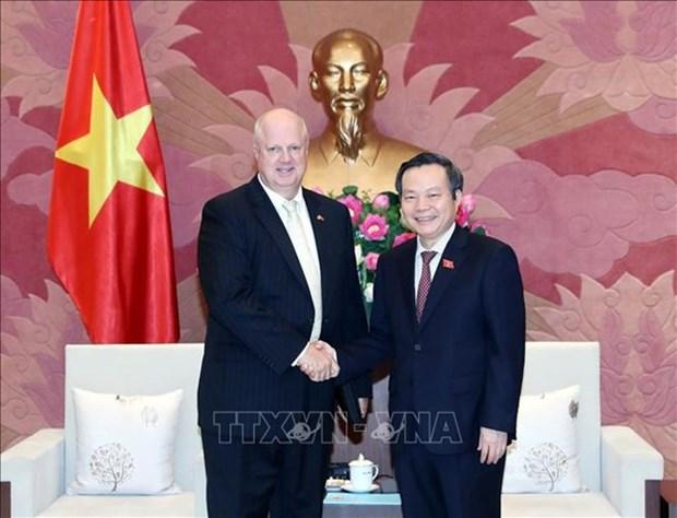 Mantiene Vietnam compromiso de ofrecer condiciones optimas a inversores extranjeros hinh anh 1