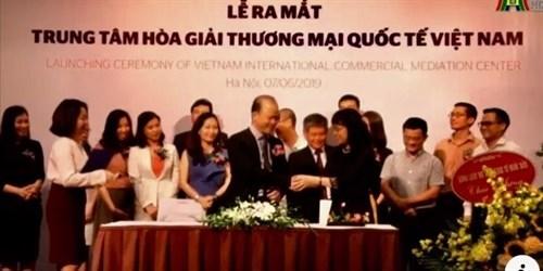 Inaugurado el primer centro de mediacion comercial en Vietnam hinh anh 1