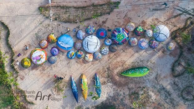 Despierta atencion de turistas en Vietnam novedosa exhibicion de barcas circulares hinh anh 2