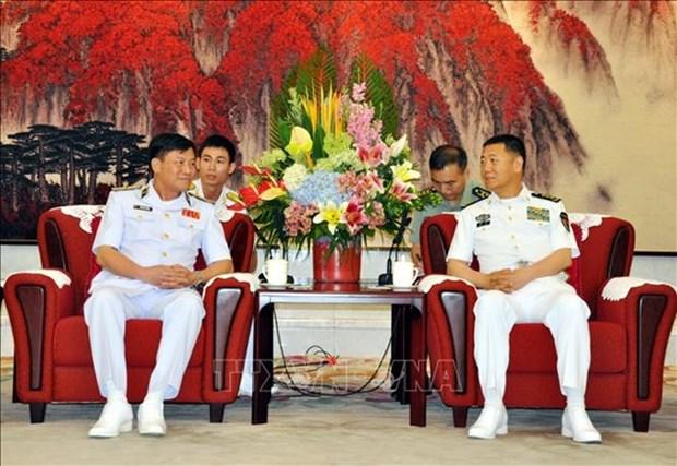 Visita China una delegacion de alto nivel de la Armada de Vietnam hinh anh 1