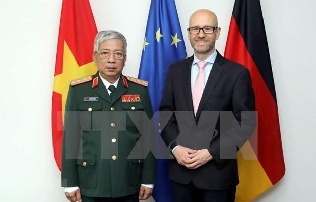 Promueven Vietnam y Alemania cooperacion en defensa hinh anh 1